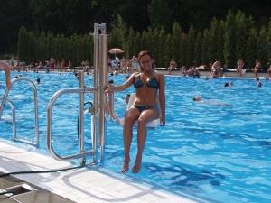 Neįgaliųjų keltuvas baseinui